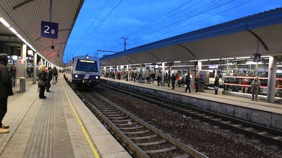 Keine Züge fahren zwischen Floridsdorf, Rennweg und dem Zentralfriedhof.