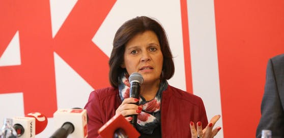 AK-Chefin Renate Anderl