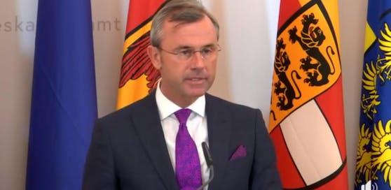 Regierungskoordinator Norbert Hofer (FPÖ) erklärt das neue Symbol-Verbotsgesetz.
