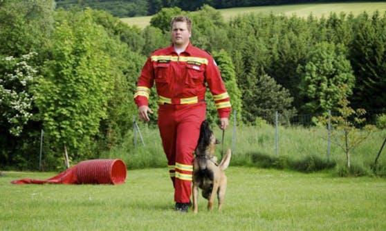 Suchhunde wurden eingesetzt (Symbolbild)