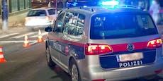 Autodiebe bauen Crash, laufen zu Fuß vor Polizei davon