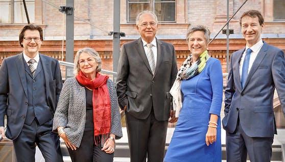 Das Rektorat der Universität Wien (v.l.n.r.): Jean-Robert Tyran, Regina Hitzenberger, Rektor Heinz W. Engl, Christa Schnabl, Ronald Maier