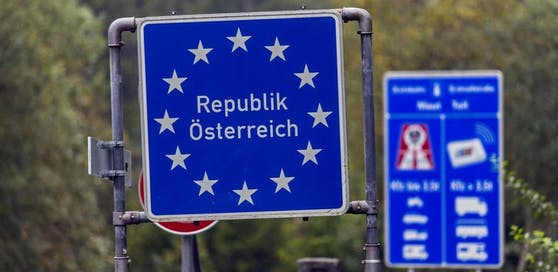 Grenzübergang zwischen Reit im Winkl (Oberbayern) und Kössen (Tirol). (Symbolbild)