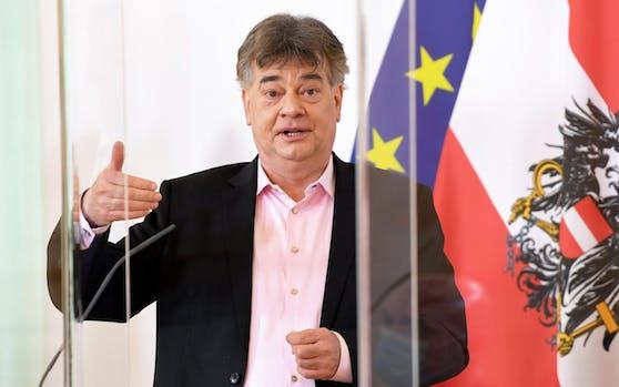 Sportminister Werner Kogler glaubt nicht an eine Fortsetzung der 2. Liga.