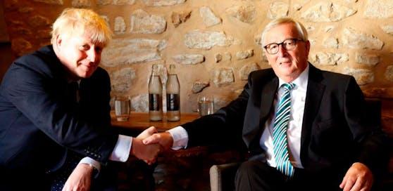 Der britische Premierminister Boris Johnson (l.) und EU-Kommissionspräsident Jean-Claude Juncker.