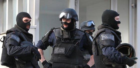 Elitepolizisten im Einsatz.