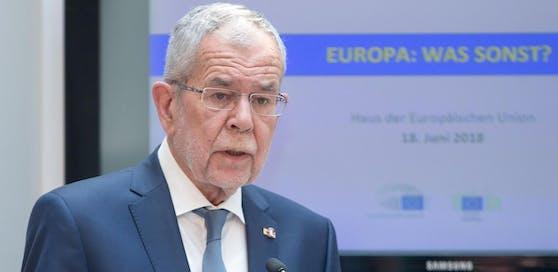 """Bundespräsident Alexander Van der Bellen während seiner Rede im Rahmen der Veranstaltung """"Europa: Was sonst?"""" im Haus der Europäischen Union in Wien."""