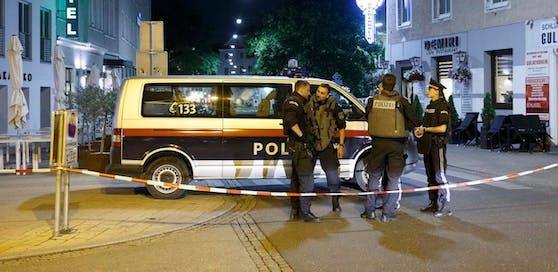 Die Beamten mussten zur Schusswaffe greifen.Symbolbild