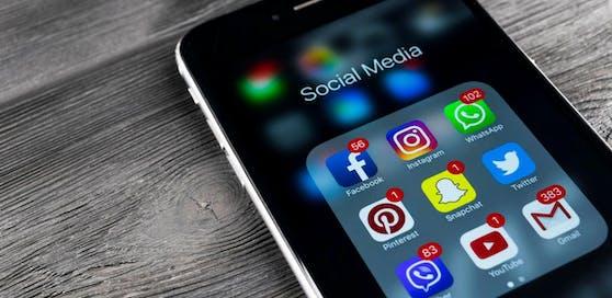 Wir senden Ihnen - wenn Sie das wünschen - nicht nur News, sondern auch Gewinnspiele als Facebook-Nachricht.