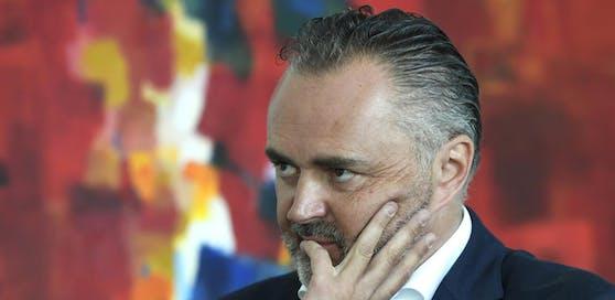 Hans Peter Doskozil (SP) kritisiert Innenminister Nehammer scharf.