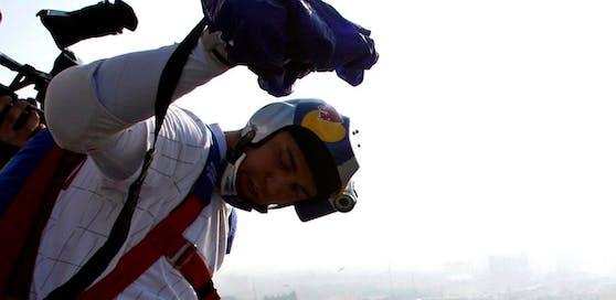 Valeri Rozov (52) starb bei einem Sprung aus 7.000 Metern Höhe im Himalaja-Gebirge.
