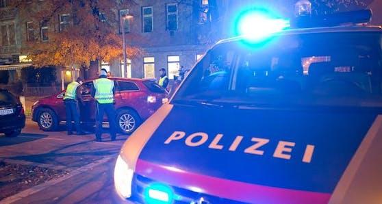 Die Polizei zog den Autofahrer aus dem Verkehr.