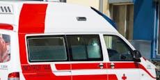 Acht Verletzte bei Crash mit Rettungsauto