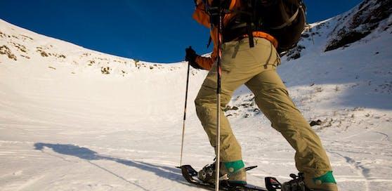 Für einen 55-Jährigen endete eine Schneeschuhwanderung tödlich.