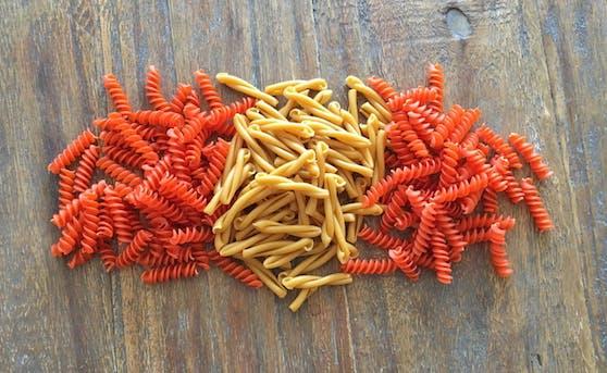 Die Hülsenfrüchte-Pasta gibt es als Penne, Fusilli und Casarecce.