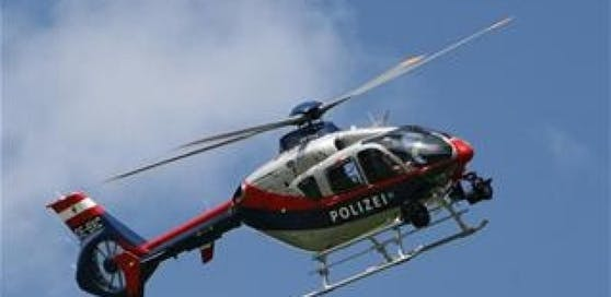 Mit dem Such-Hubschrauber wurde der Bergsteiger gefunden.