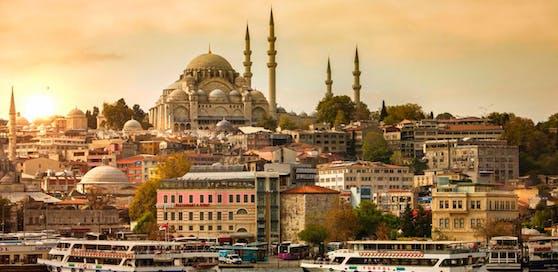 Der Millionen-Stadt Istanbul droht ein gewaltiges Erdbeben.