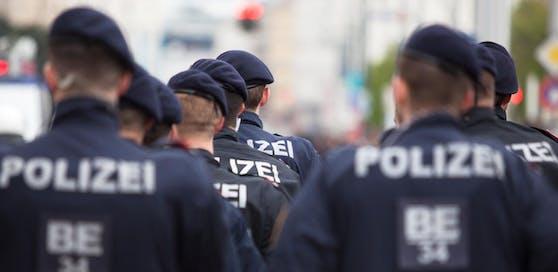 Polizisten dürfen Mitglieder bei den Identitären sein.