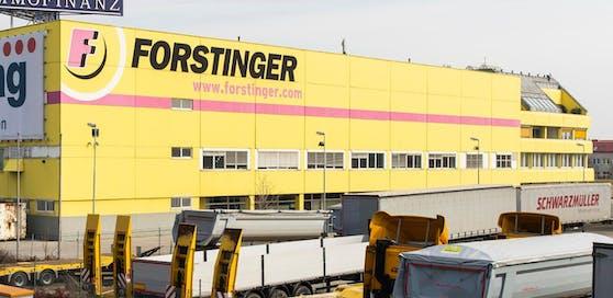 Das Forstinger-Zentrallager im 23. Bezirk in Wien.