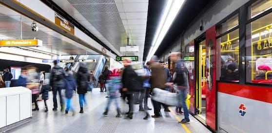 Für eine Diskussion auf Twitter sorgt eine U-Bahn-Durchsage an der U6-Station am Westbahnhof.