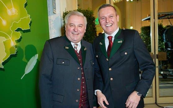 Vorgezogene Neuwahlen sind sehr wahrscheinlich: Ob dem steirischen ÖVP-Landeshauptmann Hermann Schützenhöfer und dem FPÖ-Landesparteiobmann Mario Kunasek auch noch Ende 2019 zum Lachen zumute ist?