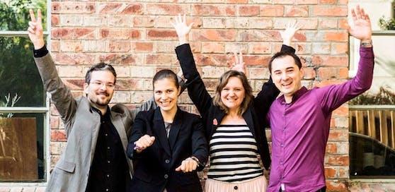 """Das Team von """"CodeFactory"""": Christoph Pirringer (CTO), Lisa Duschek (CFO), Helen Monschein (CMO) und Goran Stevic (Trainer)."""