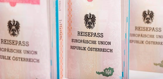 Die Zahl der Einbürgerungen ist im Jahr 2017 wieder angestiegen.