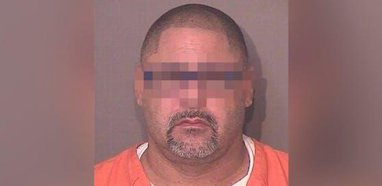 Der 50-Jährige wurde wegen vierfachem Mordversuch angeklagt.