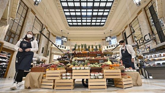 In dem historischen Gebäude beim Schottentor hat Interspar seine 76. Filiale in Österreich eröffnet.
