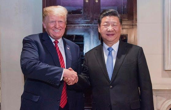 Ein allfälliges Abkommen soll in Florida unterschrieben werden: US-Präsident Donald Trump (links) und der chinesische Staatschef Xi Jinping.