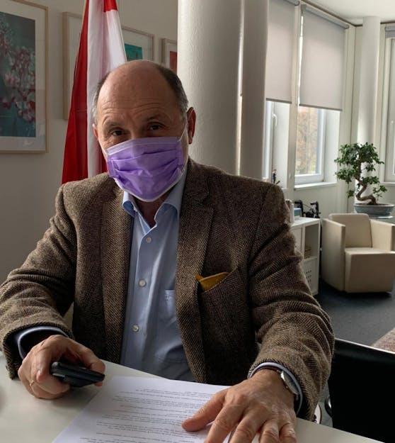 """Schutzmaskiert"": Wolfgang Sobotka"