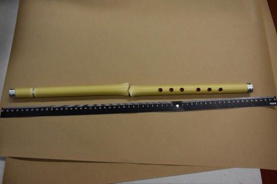 Flötenspieler attackiert und verletzt – 41-Jährige festgenommen.