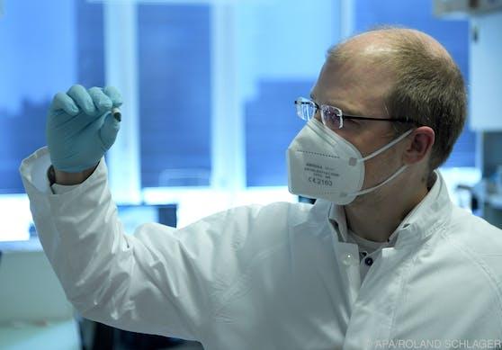 Nicht nur die Sieben-Tages-Inzidenz könnte künftig zur Pandemie-Prognose herangezogen werden, sagt Bergthaler.