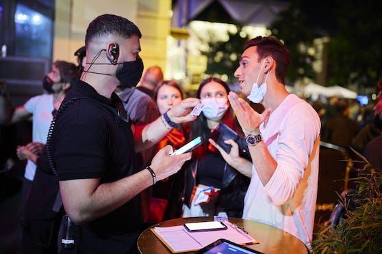 Montenegro plant eine 3G-Regelung für die Nachtgastronomie einzuführen. (Symbolbild)