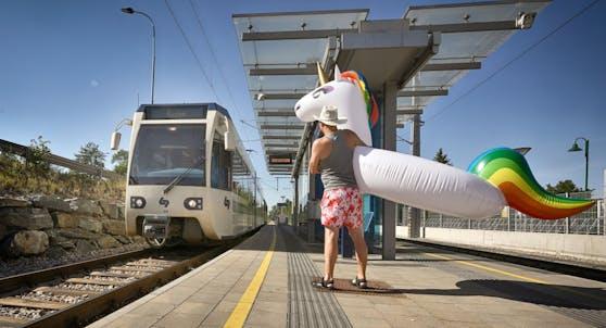 Entlang der Badner Bahn gibt es zahlreiche Badeseen im Süden Wiens.