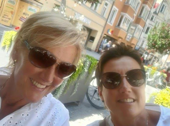 Herta und Angela bei ihrem Wochenendtrip in Innsbruck.