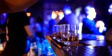 """""""Hochinfektiöse"""" Person besuchte Bar – Gäste gesucht"""