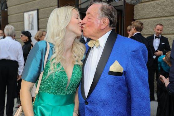 Richard Lugner mit Freundin Simone, genannt Bienchen