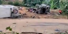 Polizisten töten sechs andere Polizisten bei Schießerei