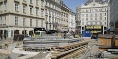 Becken des Donnerbrunnen kehrt auf Neuen Markt zurück