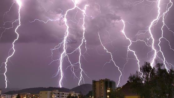 Unwetter-Alarm für 3 Bundesländer(Symbolbild)