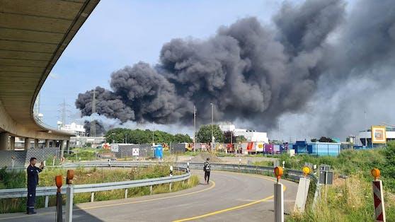 In Leverkusen gab es eine gewaltige Explosion beim Chempark.