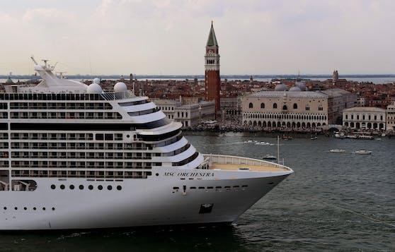 Die Großreederei MSC will den Bau eines mit Wasserstoff betriebenen Kreuzfahrtschiffes prüfen.
