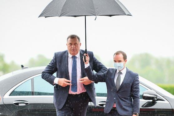 """Milorad Dodik leugnet den Völkermord in Srebrenica: """"Es gab keinen Genozid"""""""