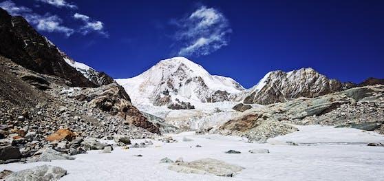 In Eisproben aus Tibet haben Forschende lebende Urzeit-Viren gefunden.