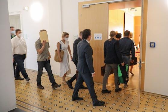 Am Landesgericht Wels fand Mittwoch ein Prozess wegen Wilderei und Tierquälerei statt.