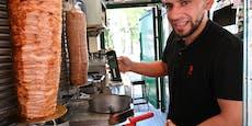 """Heißester Job! Wiener """"Kebab-King"""" arbeitet bei 42 Grad"""