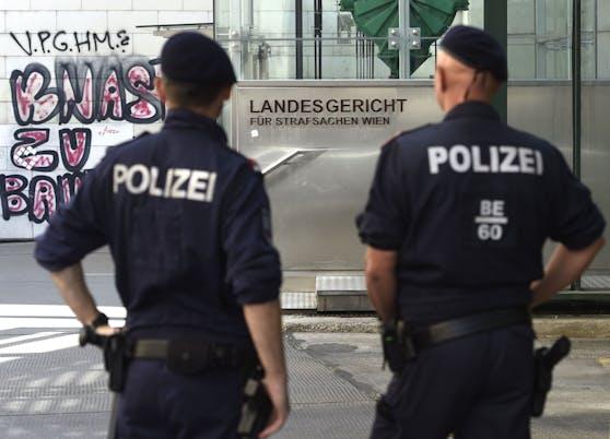 Am Landesgericht Wien wurde ein 56-jähriger Syrer zu drei Jahren Haft verurteilt. Er soll ein Nachbarskind (11) missbraucht haben.