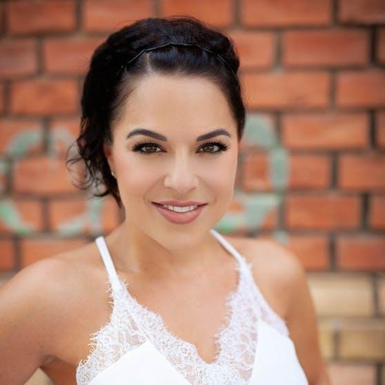 Moderatorin Vanessa Kuzmich kann nicht mehr auf ihre offizielle Facebook-Seite.