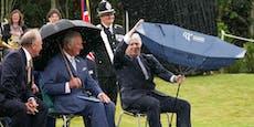 Johnson kämpfte gegen Regenschirm